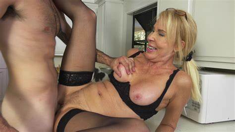 Hung Handsome Nails Kinky Granny