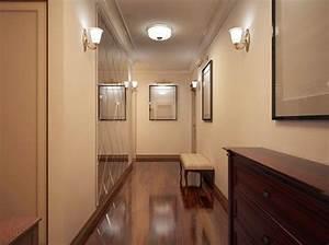 luminaire couloir etroit finest luminaire salle de bain With couleur de peinture pour couloir sombre 5 une entree et un couloir contrastes home by marie