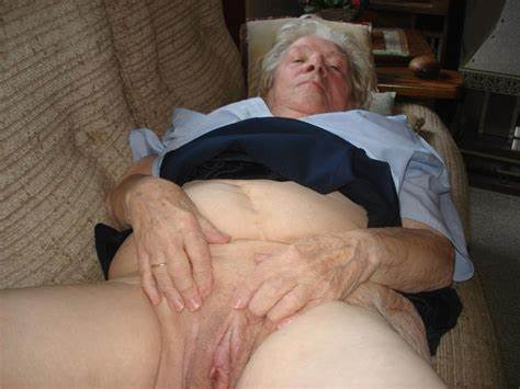 Clit Drilling With Juicy Ugly the original granny porno