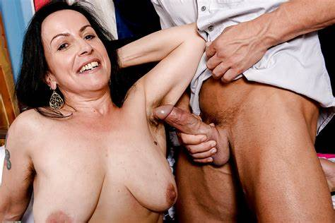 Xxxdan Cougar Milf Large Dick