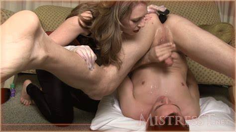 She Tastes His Jizz And Swallow Sperm On Own Face