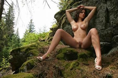 Pics Nude Nature Teens