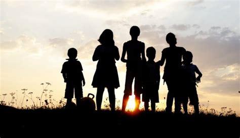 Ģimene un draugi