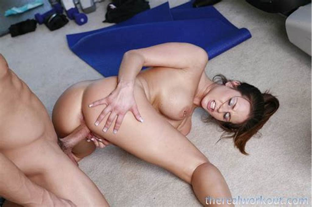 #Rachel #Roxx #Licks #Her #Personal #Trainers #Dick #Up #And #Down