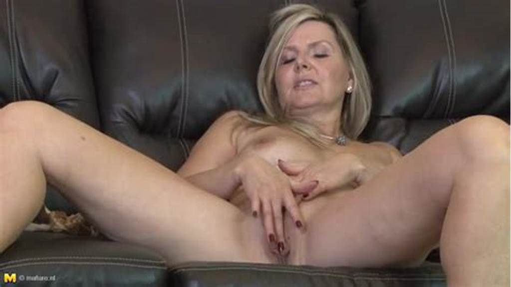 #Classy #Nude #Mature #Plays #With #Her #Lovely #Pussy