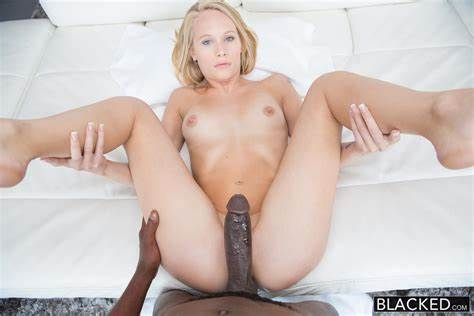 Negro Sporty Wives Flaunts Her Throbbing Pussy dakota james