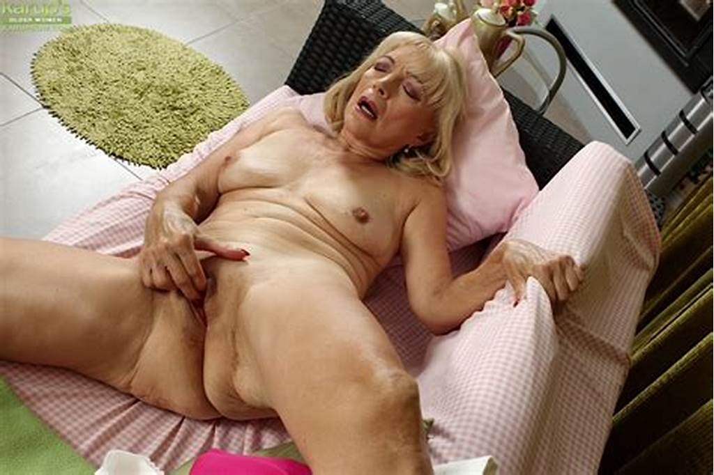 #Ugly #Blonde #Granny #Janet #Lesley #Bares #Small #Saggy #Tits