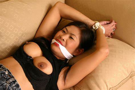 Chinese Camgirl Gagged And Drunk