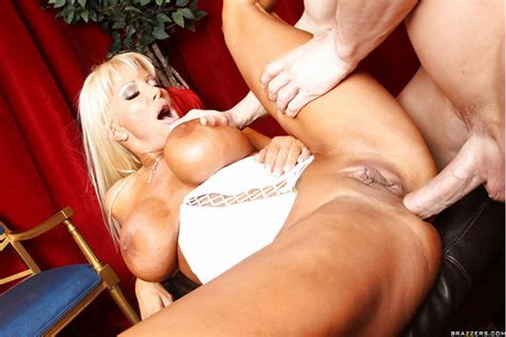 #Busty #Milf #Jr #Carrington #Fucks #Bulging #Cock #With #Her #Cunt
