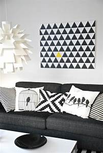 Coussin Gris Et Blanc : on a choisi 50 housses de coussins pour trouver la meilleure ~ Melissatoandfro.com Idées de Décoration