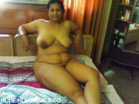 Tamil Aunty Game With Three Penis