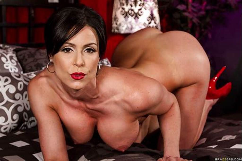#Glamorous #Milf #With #Red #Lips #Uncovering #And #Exposing #Her