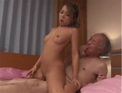 Boobylicious Chick Fucked Some In Reverse