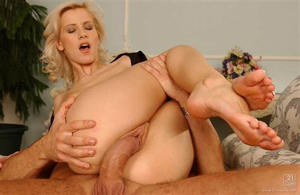 #Cora #Carina #Enjoys #Huge #Cock #In #Her #Pussy #And #Asshole