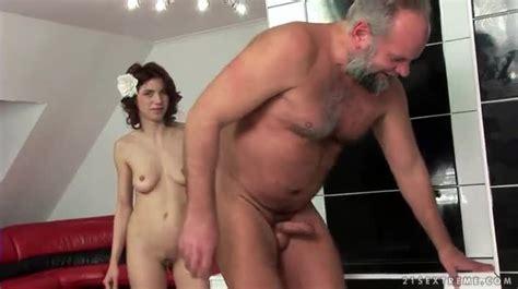 Skinny girl fat girl porn