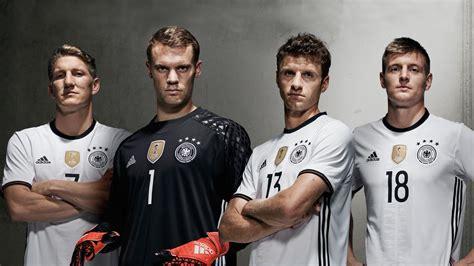 März und gegen nordmazedonien am 31. Deutschland-Trikot 2016: Das trägt die Nationalmannschaft