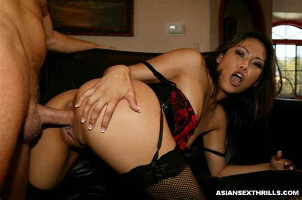 #Horny #Asian #Slut #Giving #Blowjob #2422