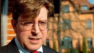 German Journalist Who Blew Whistle on CIA Media Control ...