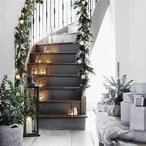 Decoration Escalier Interieur Peinture : no l d co escalier ornements magnifiques pour l 39 int rieur ~ Dailycaller-alerts.com Idées de Décoration