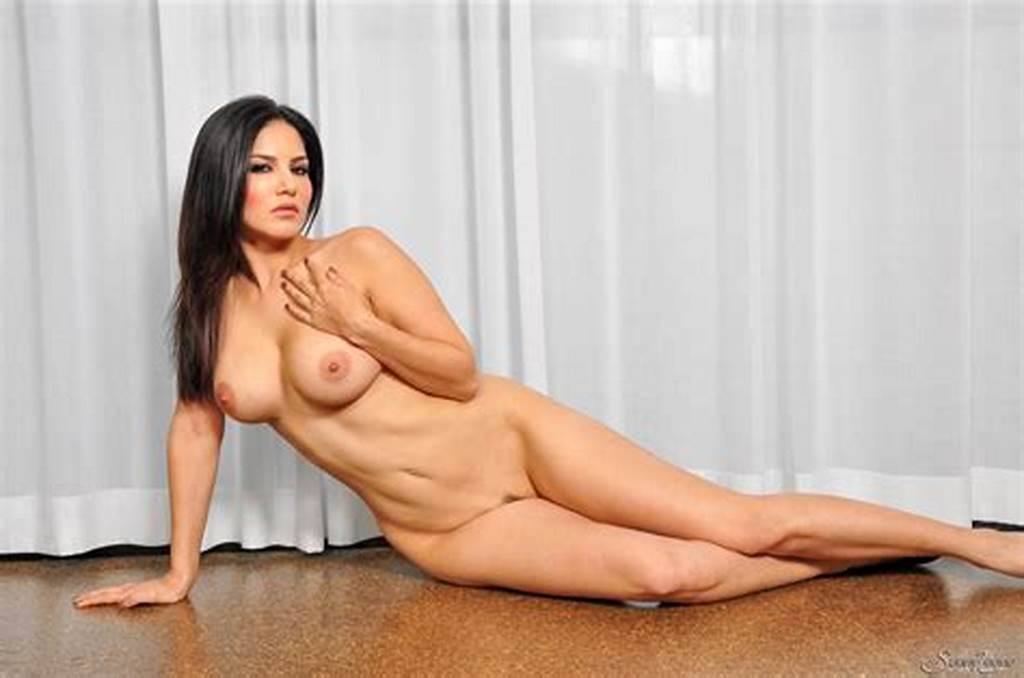 #Nude #Sunny #Leone #Poses #With #Curtains
