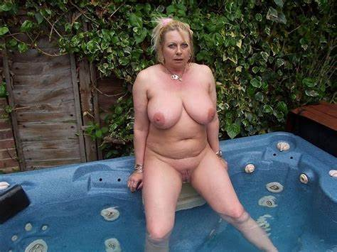 Granny In Girdles Her Beach Milfs Nudist Plumpers In A Big Outdoor Pools