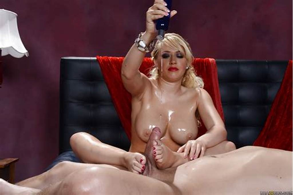 #Kagney #Linn #Karter #Enjoys #Getting #Fucked #All #Oiled #Up