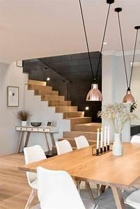 Quels meubles de salle a manger pour personnaliser son for Meuble salle À manger avec chaise blanche bois
