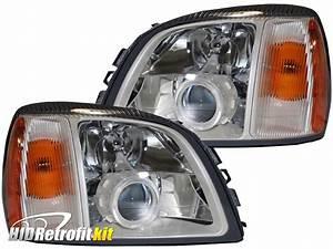 2004 Cadillac Deville Headlights