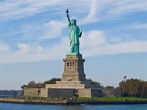 File:Statue of ... Liberty