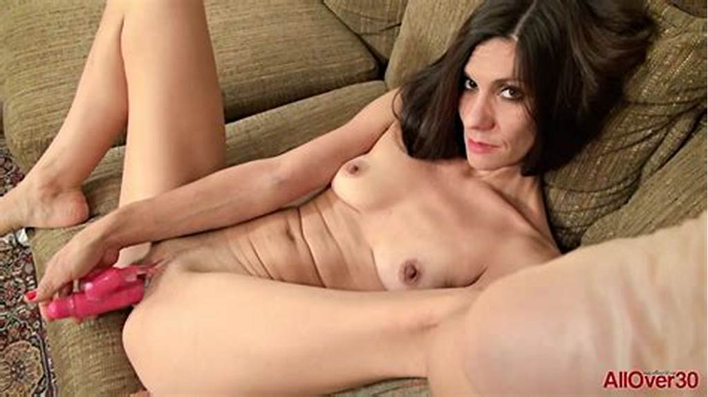 #Skinny #Milf #Over #30 #Miranda #Thompson #Masturbates