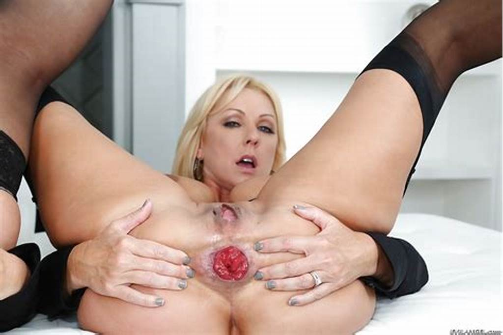 #Chunky #Blondes #Naughty #Alysha #And #Dee #Siren #Getting #Ass