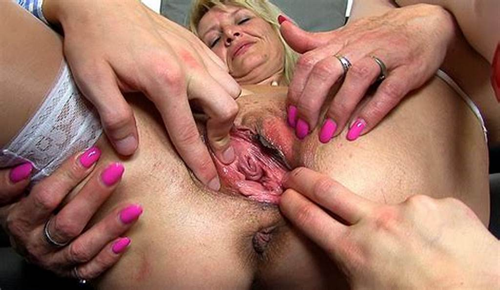 #Old #Pussy #Widening #With #Dirty #Cougar #Ivona #Zoomed #Pov