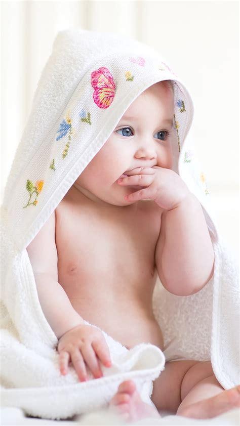 Cute Baby Wallpaper Gambar Bayi Lucu WallpaperShit