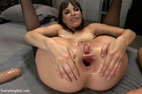 Holes Monster Tits Pigtails Fisting Dilatacin Cooch Extrema Con Lyla Storm Y Dana Dearmond