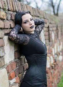 Bf Chart Women Beautiful Gothic Woman 666 In 2019 Gotische