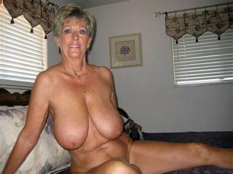 Extremely Huge Breasted In Braless Gushing Outfits Most Curvy Grannies I Would Enjoys To Pounding And Tickletortu