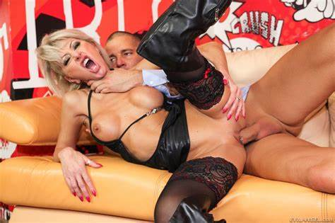 Pierced Fascinating Pussyfucked After A Oral cathy e thomas stone