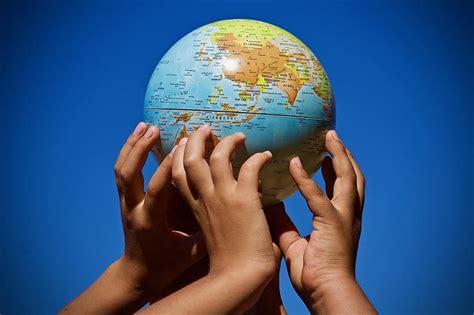 kort over verden, hænder, Union, planet, kort, kontinenter ...