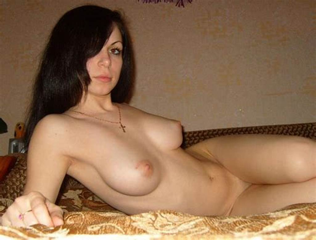 #Sexy #Amateur #Brunette #With #Perfect #Boobs #Posing #In #Bed