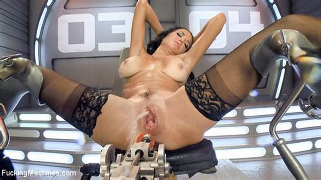 #Veronica #Avluv #At #Fucking #Machines