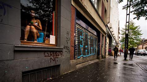 pute au bureau prostitution agora présente le nouvel aménagement prévu