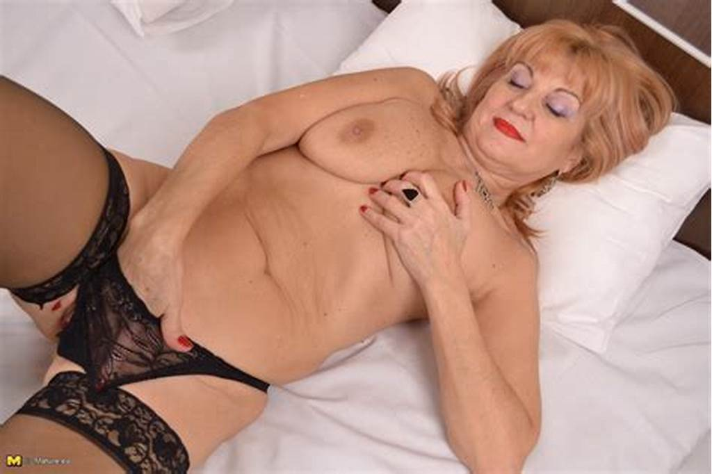 #This #Mature #Slut #Loves #Playing #With #Herself
