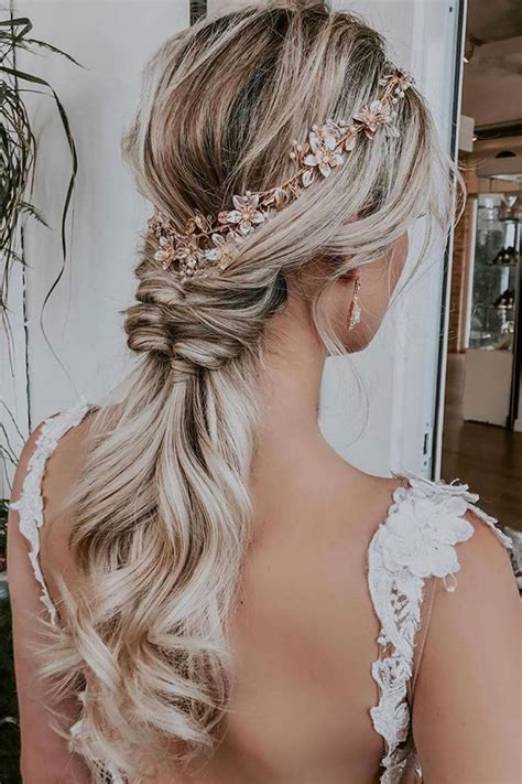 19 Prettiest Ponytail Updos for Wedding Hairstyles