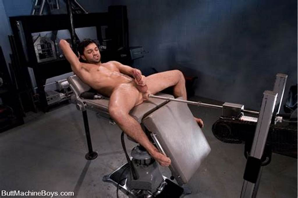 #Dominic #Pacifico #Participates #In #The #First #Butt #Machine