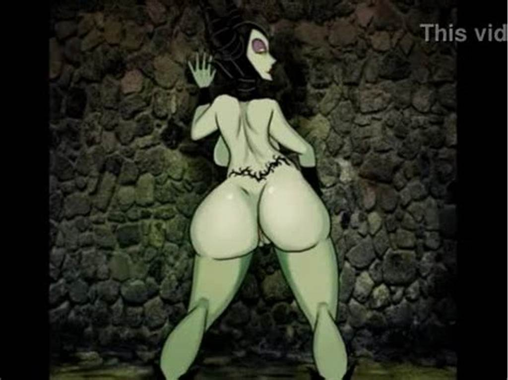 #Maleficent #Shakes #Her #Ass #Xxxbunker