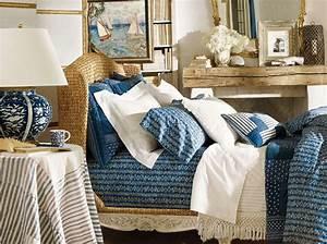deco chambre marin chambre bleu et kaki chambre les murs With peindre son salon en gris et blanc 7 la decoration marine en 50 photos inspirantes