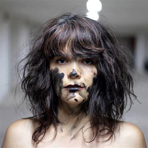 "Camila moreno & los disfruto — hechizada pericona 02:57. Chile: Camila Moreno - ""Sin Mi"" - beehype - Best Music from Around the World"