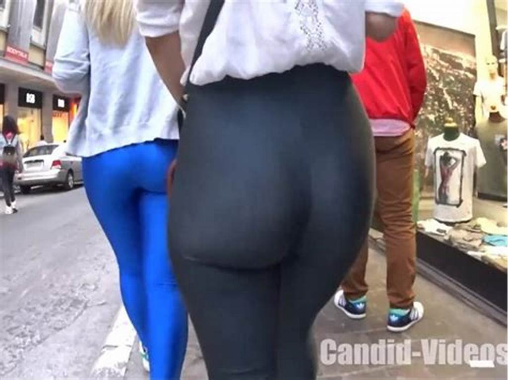 #Incredible #Candid #Girls #In #Tight #Shiny #Leggings