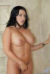 Busty brunette milf bayhroom