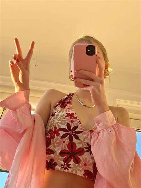 foto de anna reesen on Instagram in 2020 Tumblr outfits Girl